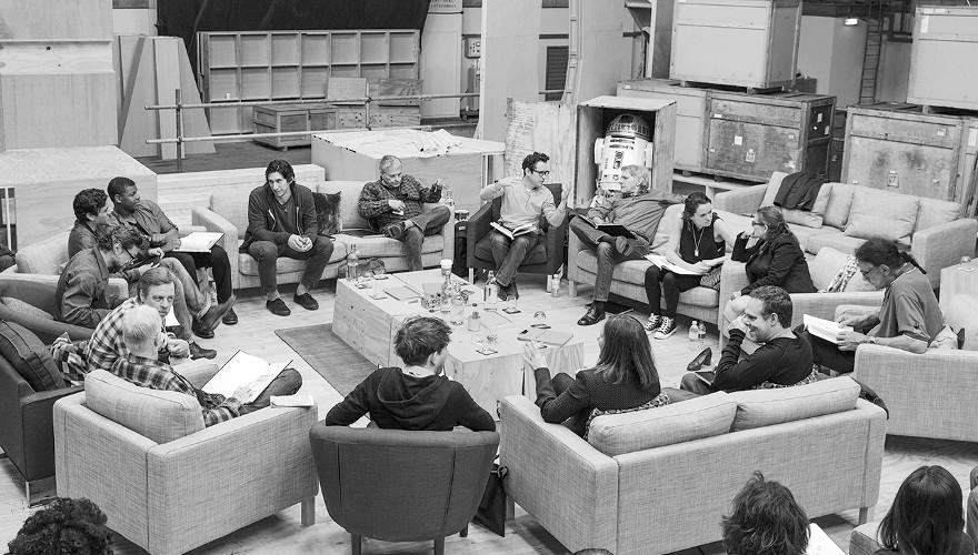 Drehbuchlesung des Episode 7-Casts.